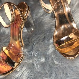Rose Gold/Clear Heel